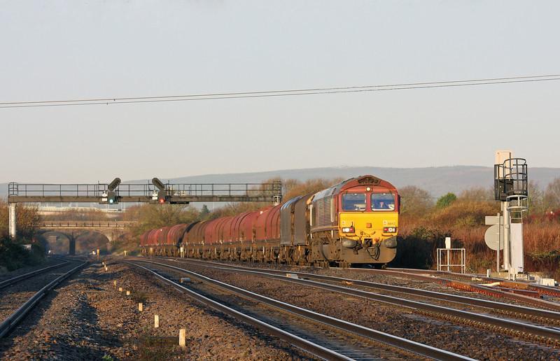66142, 08.18 Llanwern-Swindon Steel Terminal, Pilning loop, 2-12-11.