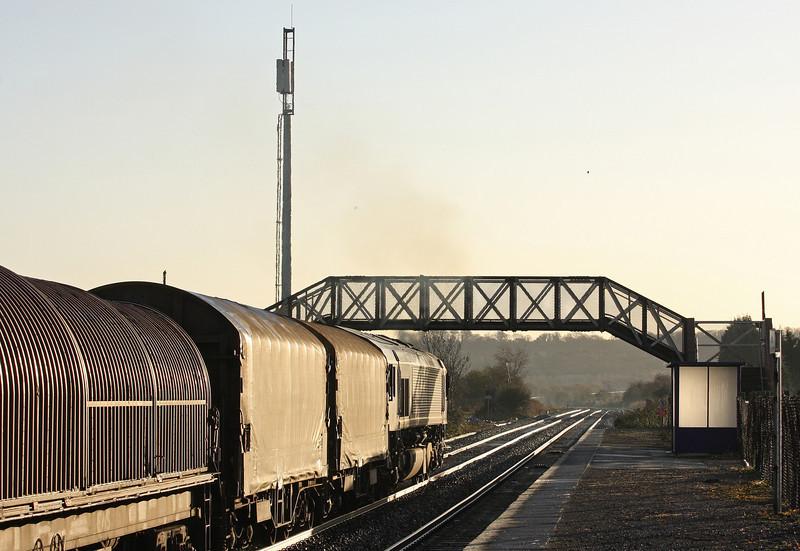 66142, 08.18 Llanwern-Swindon Steel Terminal, Pilning, 2-12-11.