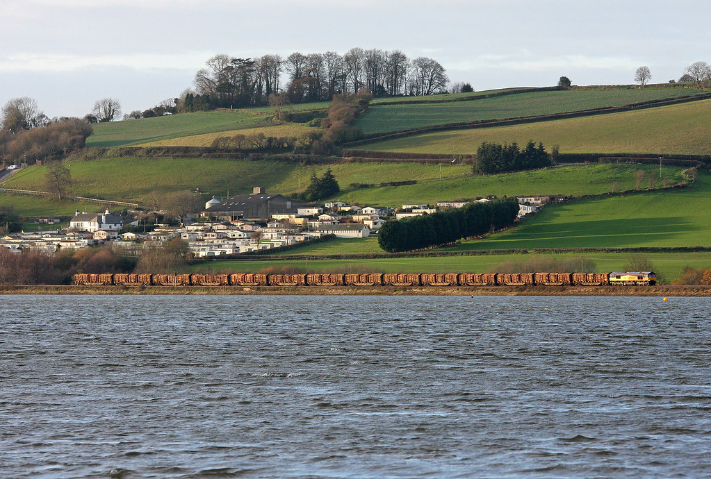 66847, 14.42 Teigngrace-Chirk Kronospan, running as the 15.26 Newton Abbot-Chester, approaching Bishopsteignton, near Teignmouth, 21-12-11. Taken from Combeinteignhead, near Newton Abbot.