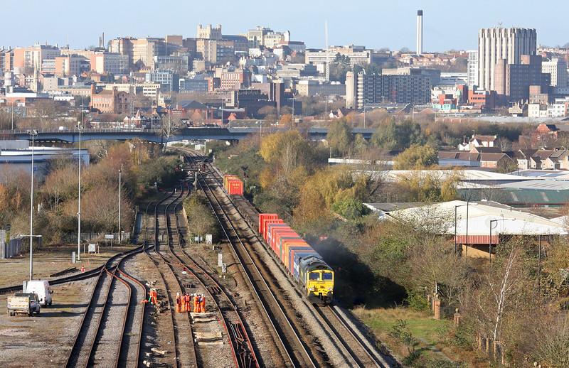 66541, 11.00 Bristol Freightliner Terminal-Tilbury, St Anne's, Bristol, 7-12-11.