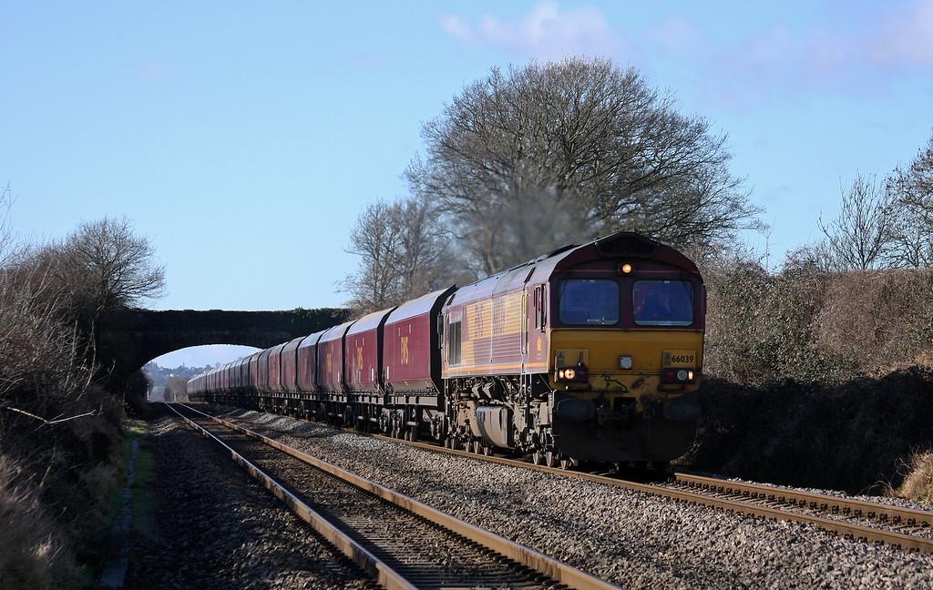 66039, 08.55 Margam-Redcar, Woolaston, near Lydney, 14-2-11.