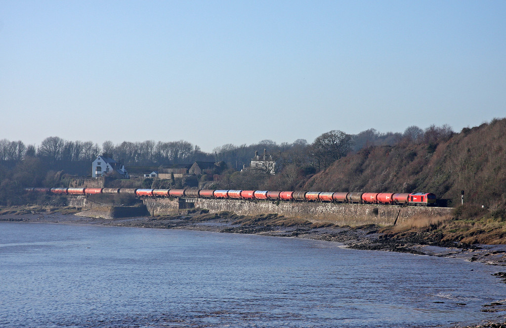 60011, 05.05 Westerleigh-Robeston,  approaching Gatcombe, 19-1-11.