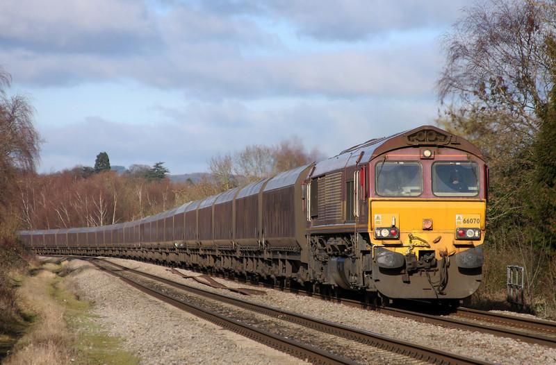 66070, 03.53 Redcar-Margam, Bullo Pill, near Newnham, Gloucestershire, 11.1.11.