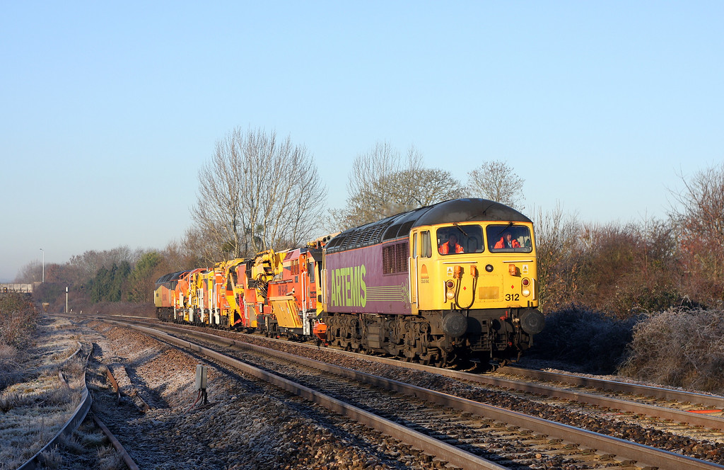 56312/47739, 07.35 Plymouth Tavistock Junction Yard-West Ealing, Bathpool, Taunton, 20-1-11.