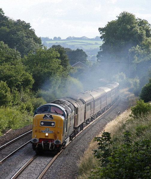 55025/47804, 17.25 Paignton-Doncaster, The Devonian, Whiteball, 9-7-11.