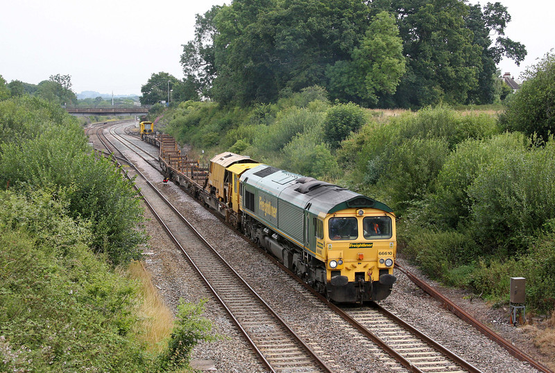 66610, 06.05 Bedwyn-Newton Abbot Hackney Yard, leaving Tiverton loops at Willand, near Tiverton, 12-7-11.