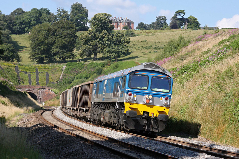59002, 13.41 Exeter Riverside Yard-Whatley Quarry, Marlands, near Wellington, 14-7-11, v early.