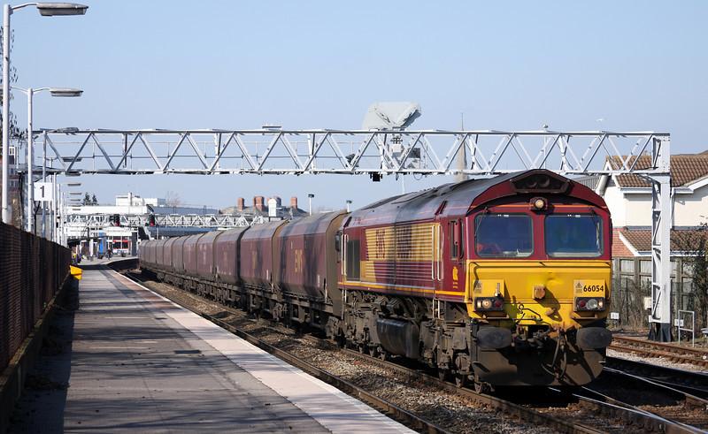 66054, 08.55 Margam-Redcar, Gloucester, 7-3-11.