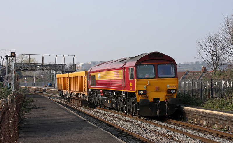 59205, 15.15 Newport Alexandra Dock Junction-Westbury Yard, Bristol Stapleton Road, 25-3-11.
