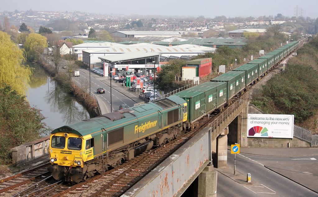 66951, 10.57 Calvert-Bristol Barrow Road Refuse Transfer Station, Bristol North Somerset Junction, 25-3-11.