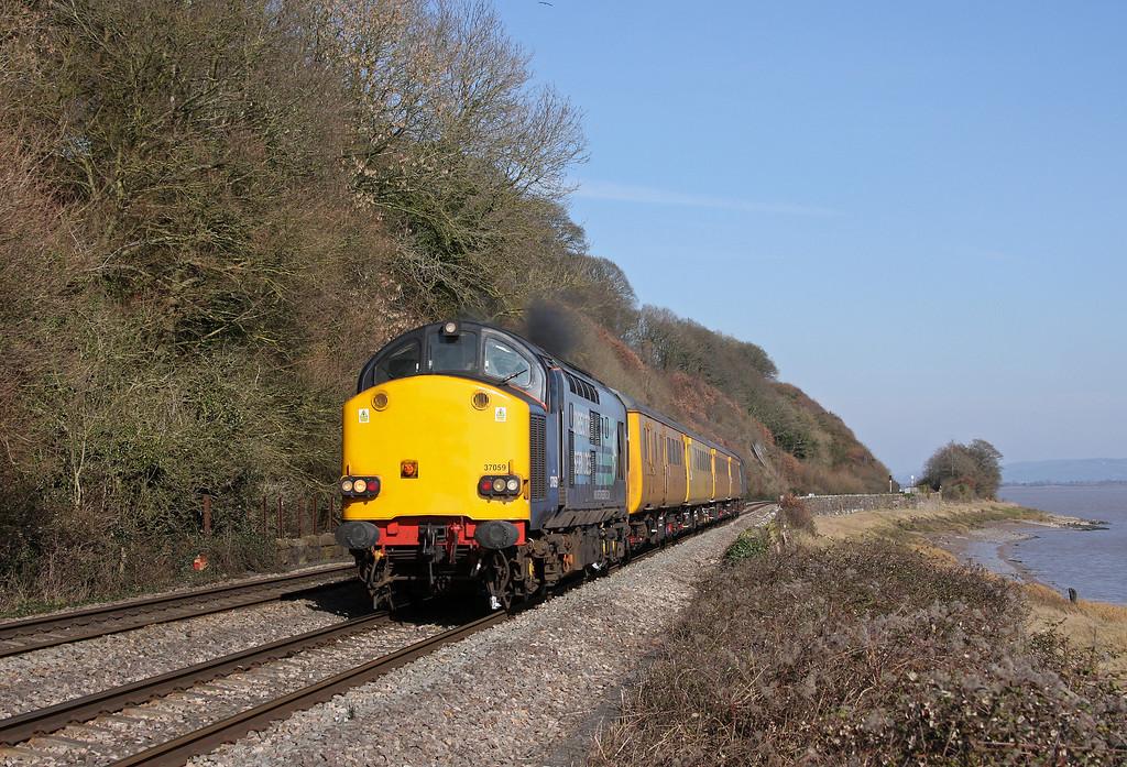 37059/37069, Bristol Parkway-Newport Alexandra Dock Junction, Gatcombe, 14-3-11.