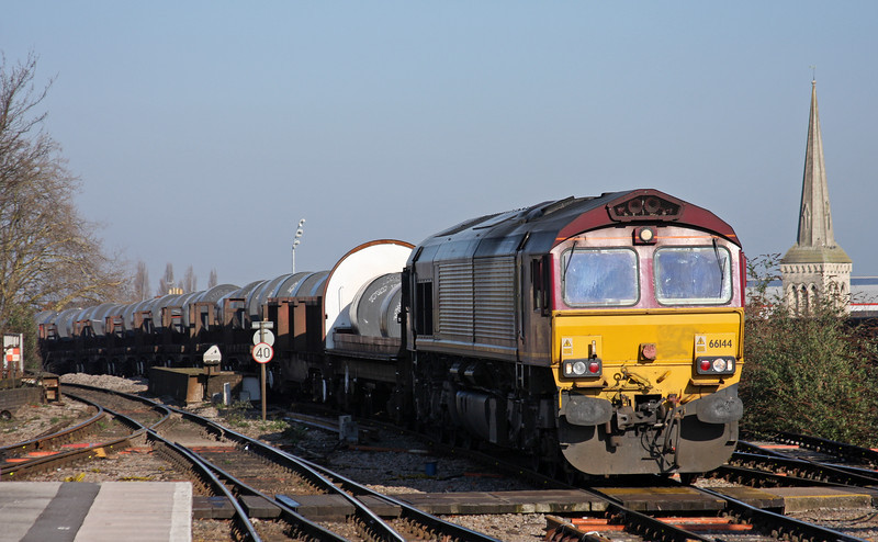 66144, 05.50 Margam-Corby, Gloucester, 7-3-11.
