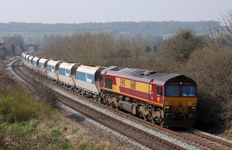 66111, 13.30 Avonmouth-West Drayton, Brentry, Bristol, 25-3-11.
