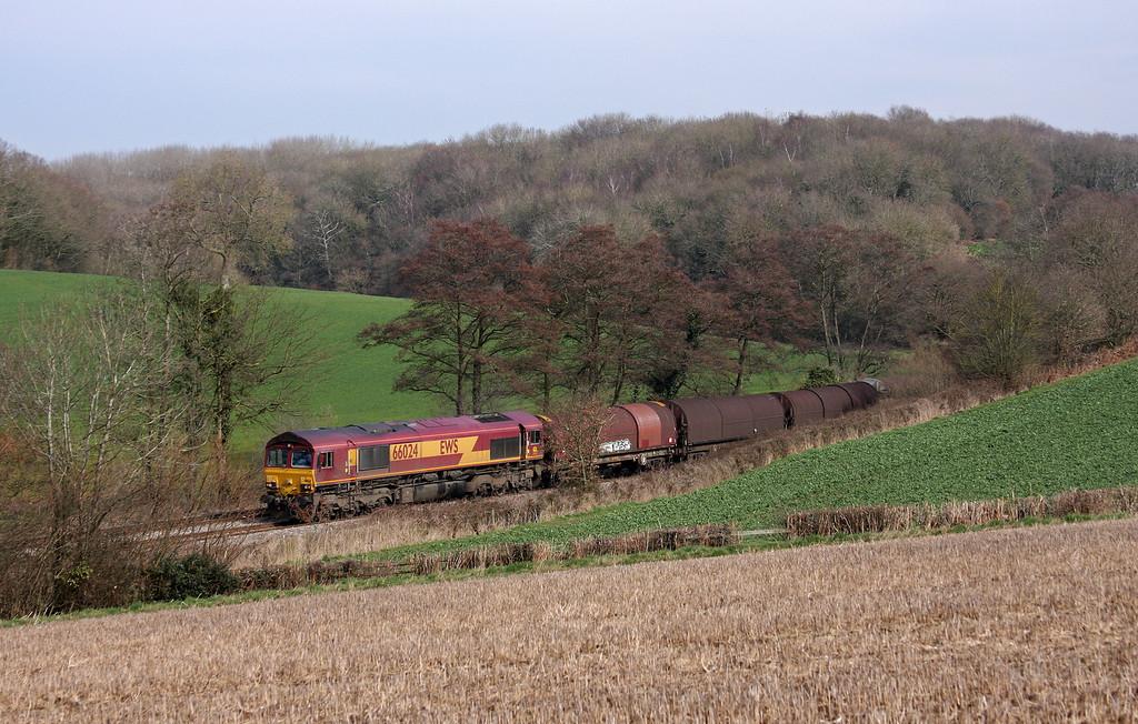 66024, 09.23 Round Oak-Margam, Cliff Farm, Lydney, 14-3-11.