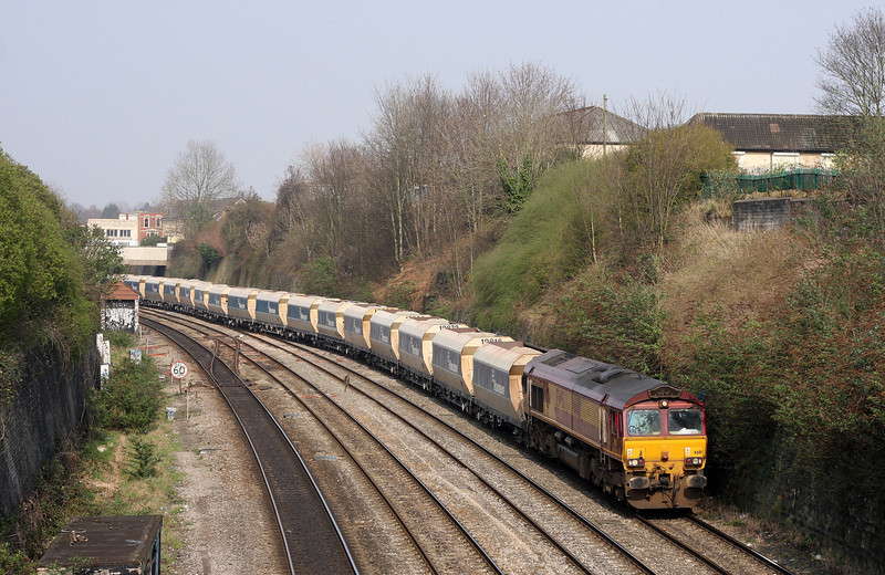 66111, 13.30 Avonmouth-West Drayton, Dr Day's Bridge Junction, Bristol, 25-3-11.