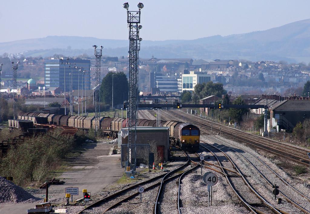 66151, 14.00 Newport Birdport-Newport East Usk Yard-Llanwern departs East Usk Yard, 4-3-11.
