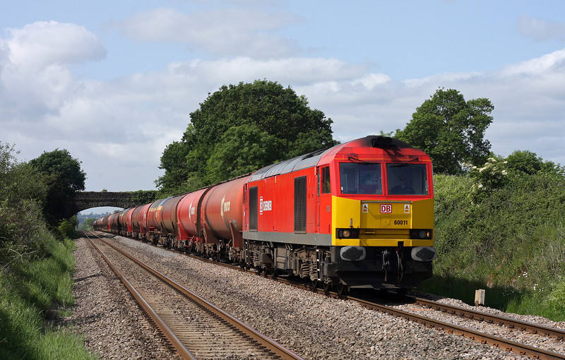 60011, 05.05 Robeston-Westerleigh, Woolaston, near Lydney, 19-5-11.