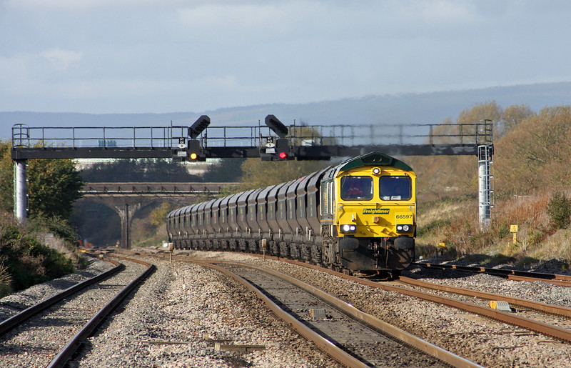 66597, 10.42 Uskmouth Power Station-Portbury, Pilning, 1-11-11.