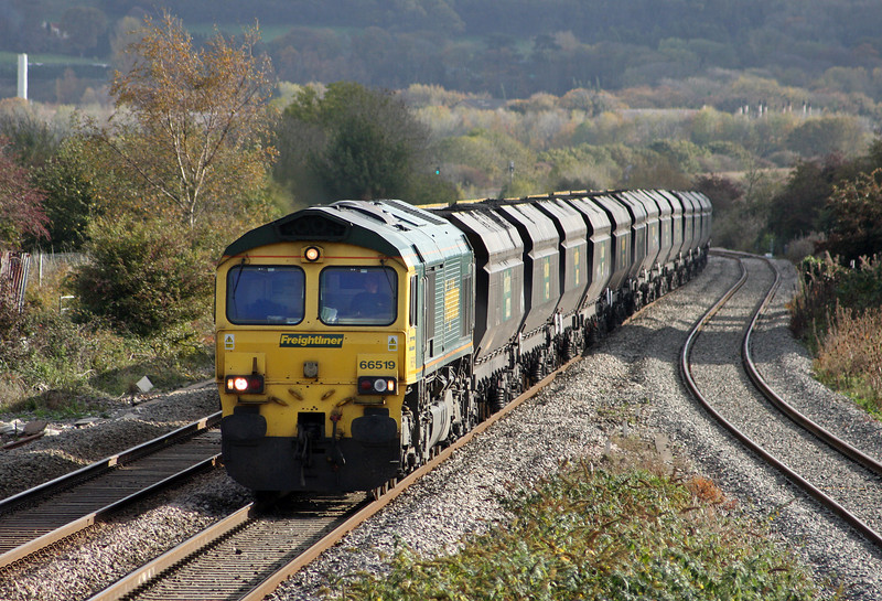 66519, 10.50 Portbury-Uskmouth Power Station, Pilning, 1-11-11.