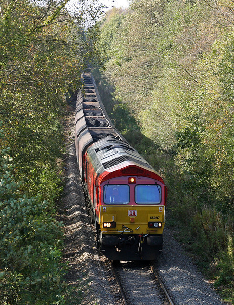 66097, 14.00 Cwmbargoed Opencast Colliery-Aberthaw Power Station, approaching Ystrad Mynach, 14-10-11.