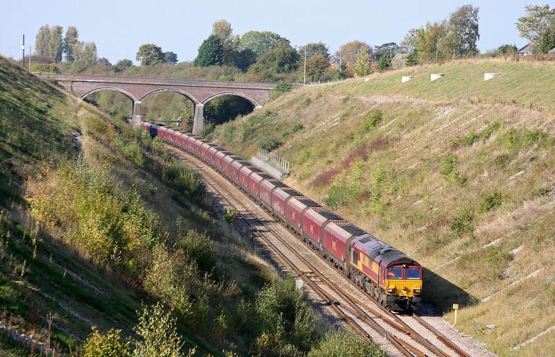66125, 11.00 Avonmouth Bulk Handling Terminal-Didcot Power Station, Chipping Sodbury, 14-10-11.