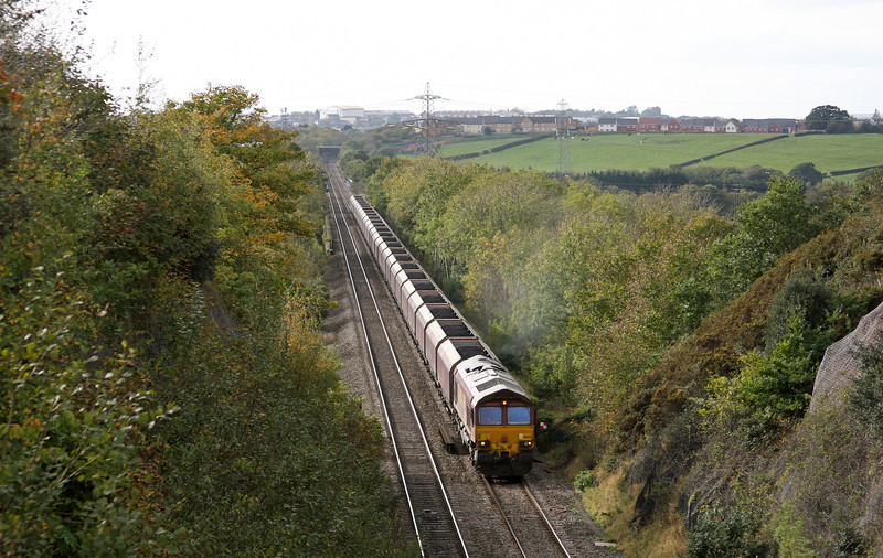 66125, 14.22 Avonmouth Bulk Handling Terminal-Didcot Power Station, Winterbourne Down, Bristol, 20-10-11.