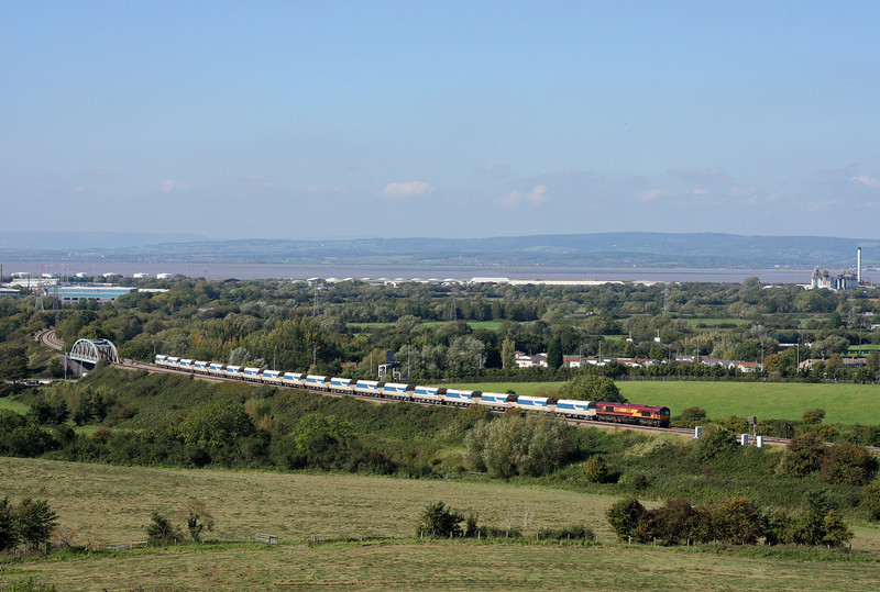 66170, 13.35 Avonmouth-West Drayton, Hallen Marsh, Bristol, 28-9-11.
