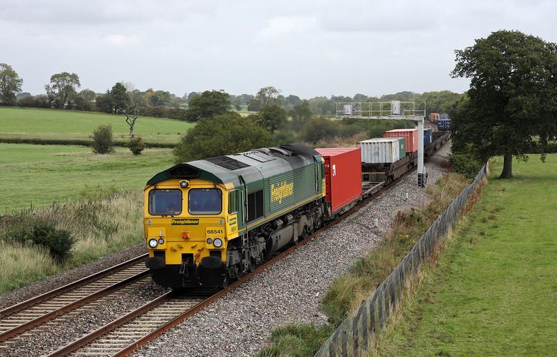66541, 10.54 Southampton Millbrook-Cardiff Wentloog, Acton Turville, near Badminton, 22-9-11.