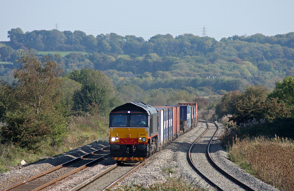 66412, 10.54 Southampton Millbrook-Cardiff Wentloog, Pilning, 30-9-11.