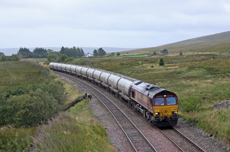 66055, 17.05 Clitheroe-Mossend, Ais Gill, 12-9-11.