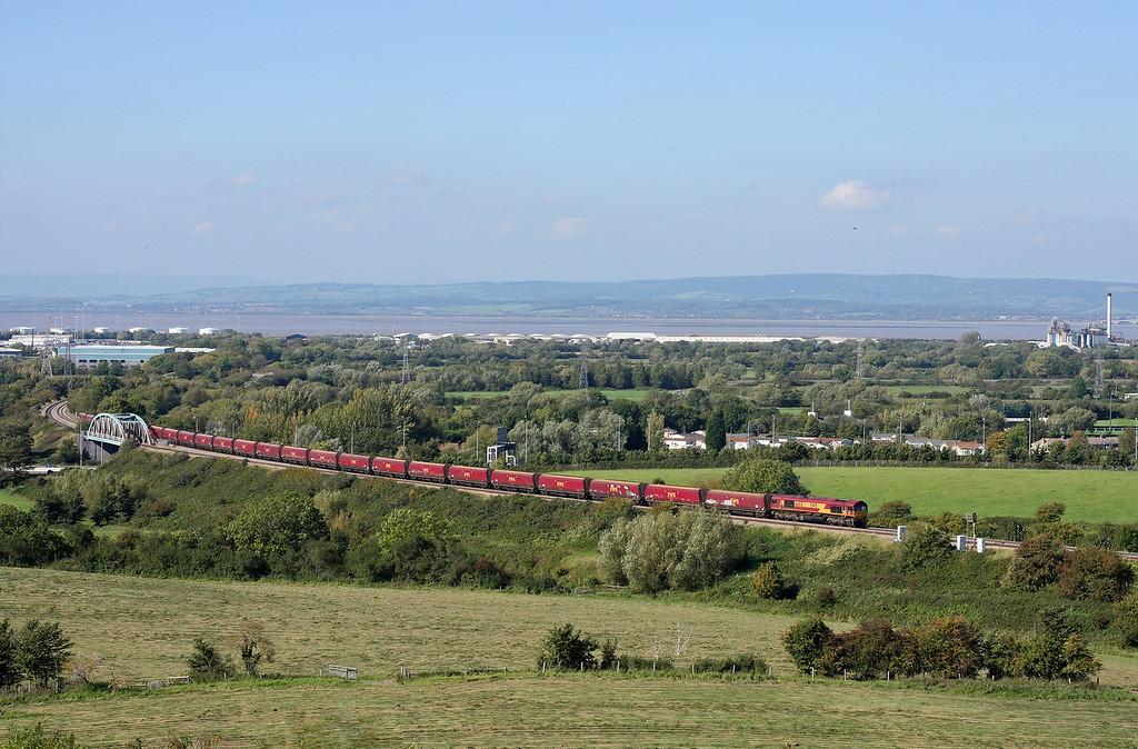 66031, 13.24 Avonmouth Bulk Handling Terminal-Didcot Power Station, Hallen Marsh, Bristol, 28-9-11.