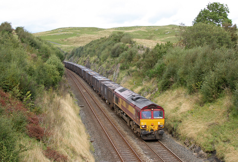 66149, 12.40 Newbiggin-Warrington Arpley Yard, south of Birkett Tunnel, near Kirkby Stephen, 14-9-11,