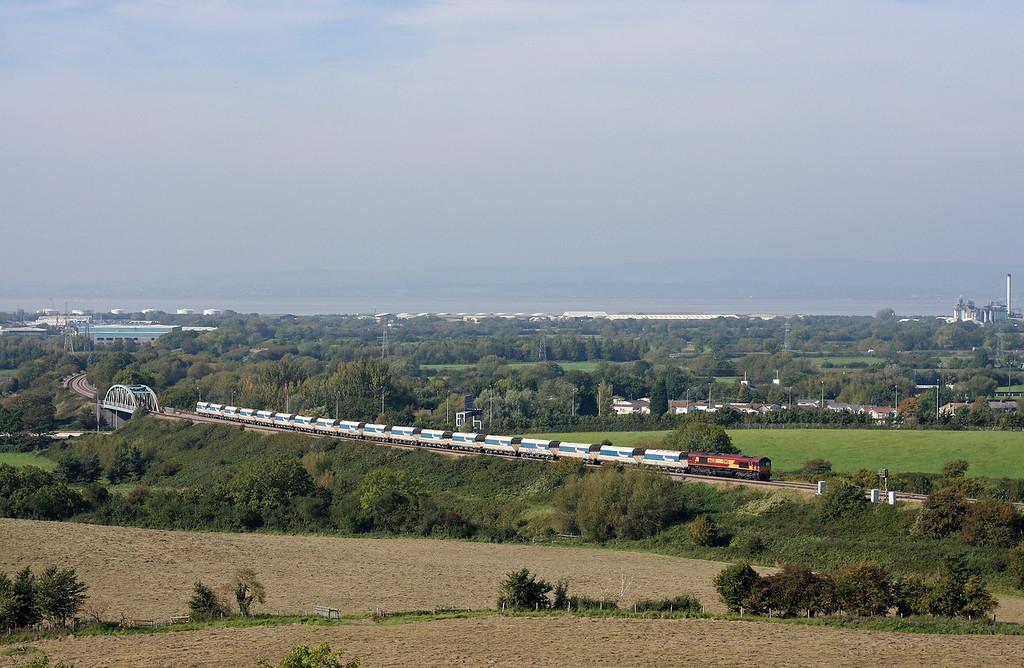 66020, 13.35 Avonmouth-West Drayton, Hallen Marsh, Bristol, 30-9-11.