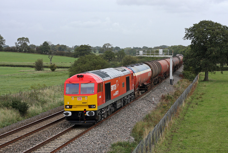 60007, 13.35 Theale-Robeston, Acton Turville, near Badminton, 22-9-11.
