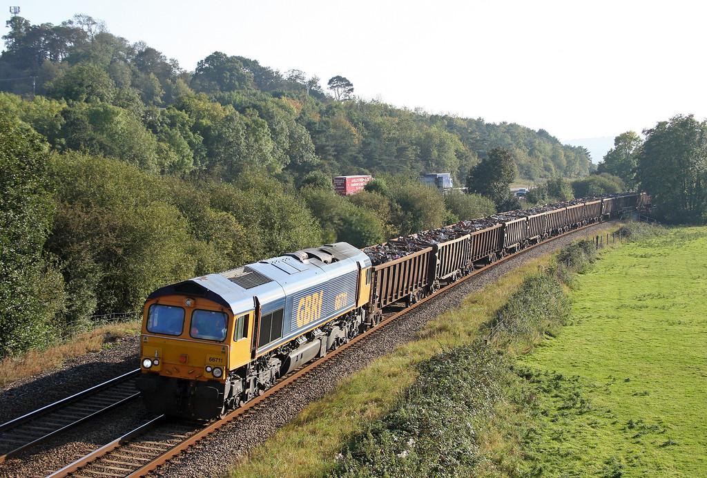 66711, 16.24 Exeter Alphington Road-Newport Docks, Cullompton, 29-9-11.