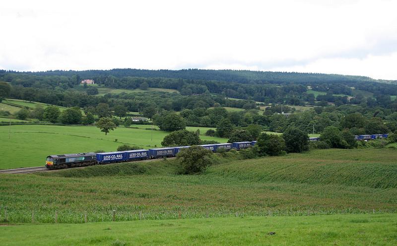 66431, 08.22 Daventry International Rail Freight Terminal-Cardiff Wentloog, Box Farm, Awre, near Lydney, 20-8-12.