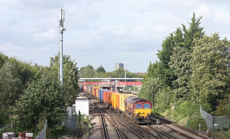 66059, 11.13 Hams Hall-Southampton Western Docks, St Denys, Southampton, 28-8-12.