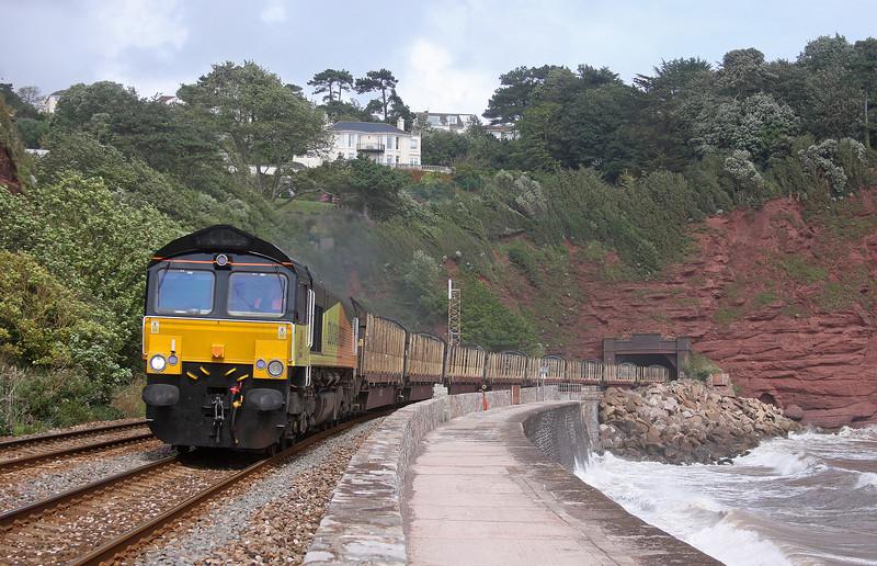 66846, 08.11 Chirk Kronospan-Teigngrace, Holcombe, near Teignmouth, 15-8-12.