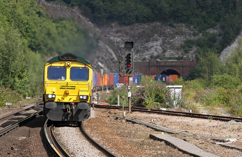 66956, 07.00 Birch Coppice-Southampton, Micheldever Station, Hampshire, 23-8-12.