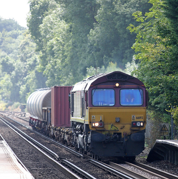 66192, 11.00 Marchwood-Didcot Yard, Shawford, near Winchester, 28-8-12.