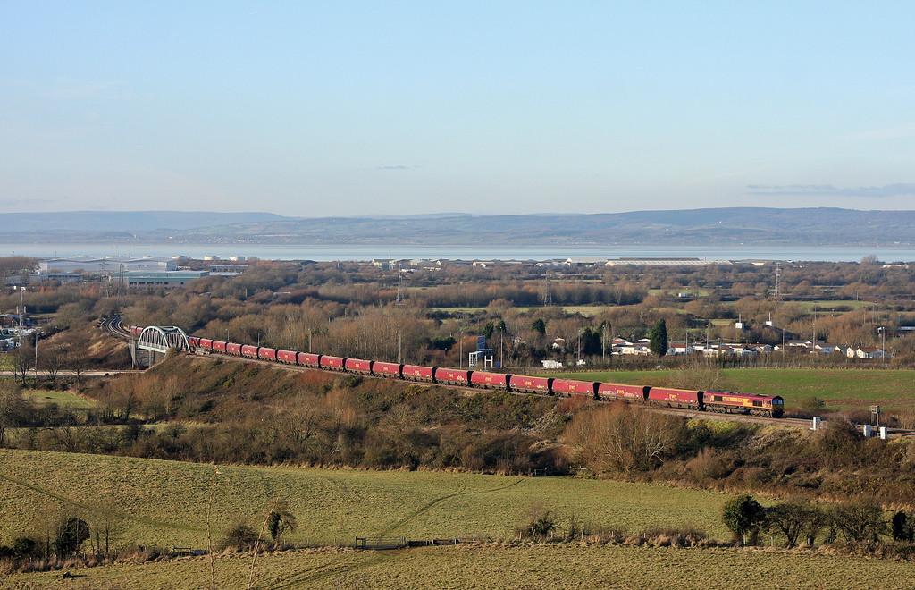 66076, late-running 13.24 Avonmouth Bulk Handling Terminal-Didcot Power Station, Hallen Marsh, Bristol, 18-12-12.
