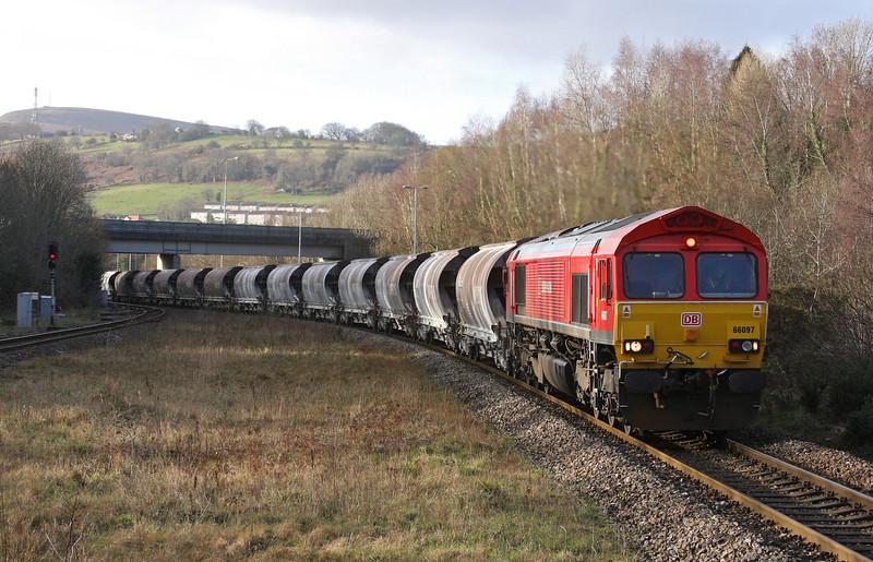 66097, 04.00 Exeter Riverside Yard-Bescot Yard (load x 19), Pontypool and New Inn, 7-1-12.