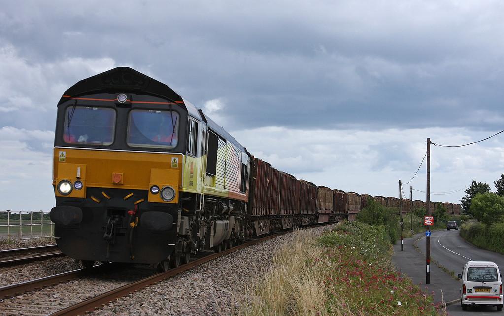 66846, 14.41 Teigngrace-Carlisle Yard, Cockwood, near Starcross, 19-7-12.
