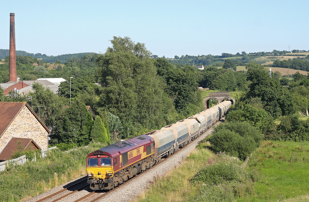 66061, 10.47 Hayes-Moreton-on-Lugg (delayed), Ponthir, near Newport, 23-7-12.