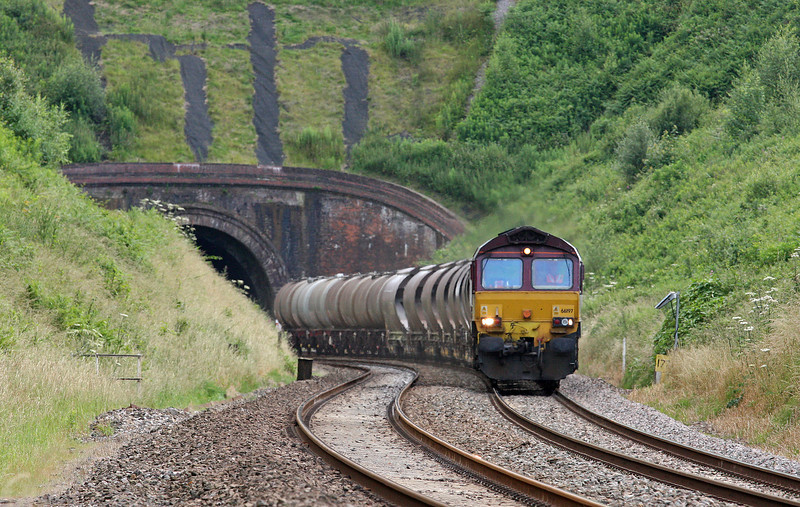 66197, 16.13 St Blazey-Newport Alexandra Dock Junction, Marlands, near Wellington, 5-7-12.