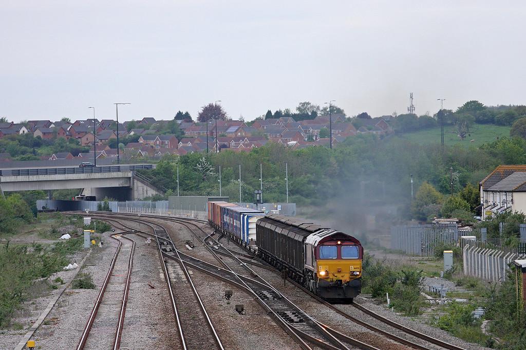 66135, 17.56 Cardiff Wentloog-Didcot Yard, Severn Tunnel Junction, 8-5-12.