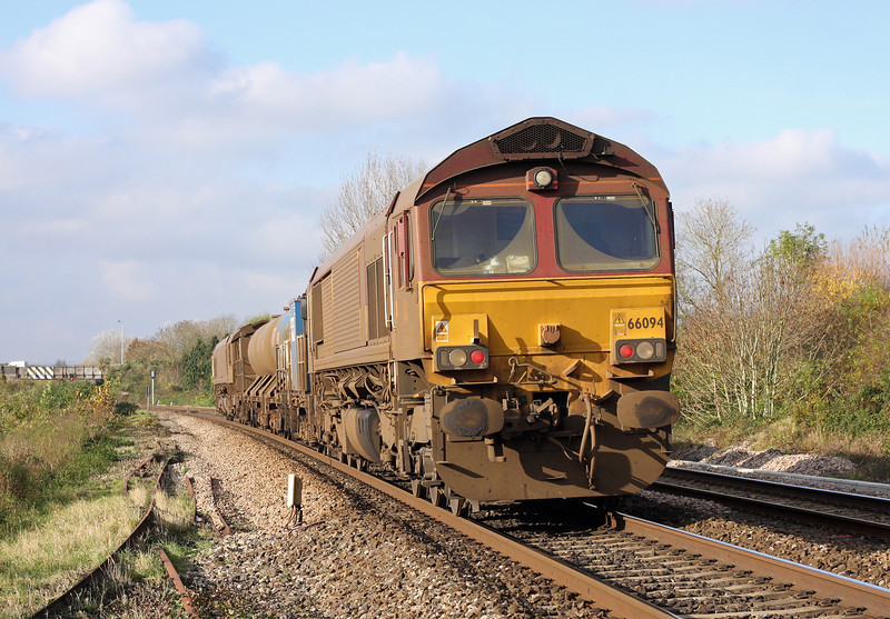 66011/66094, 08.45 Westbury-St Blazey, Bathpool, Taunton, 14-11-12, about 85min early and being held at a red signal.