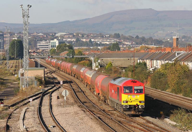 60059, 05.04 Robeston-Westerleigh, Somerton, Newport, 5-11-12.