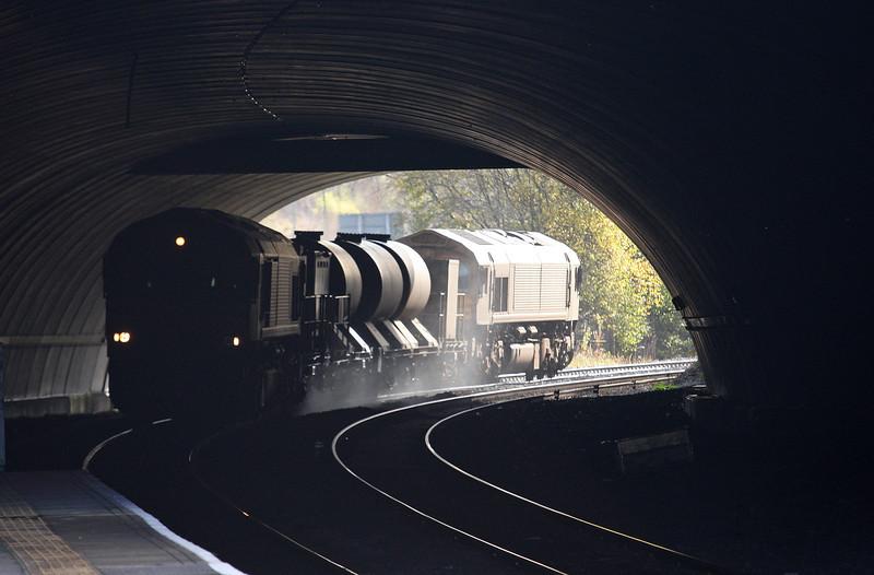 66039/66109, 09.18 Margam-Bargoed, arrive at Bargoed, 5-11-12.