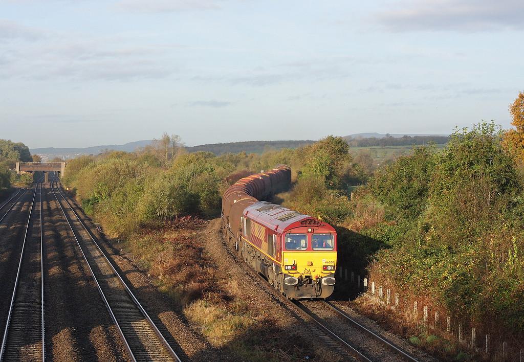 66200, 08.18 Llanwern-Swindon Steel Terminal, Llandevenny, near Llanwern, 30-10-12.